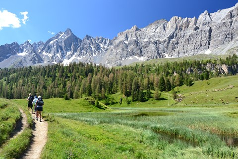 lac mirroir walking trail in French Alps south France